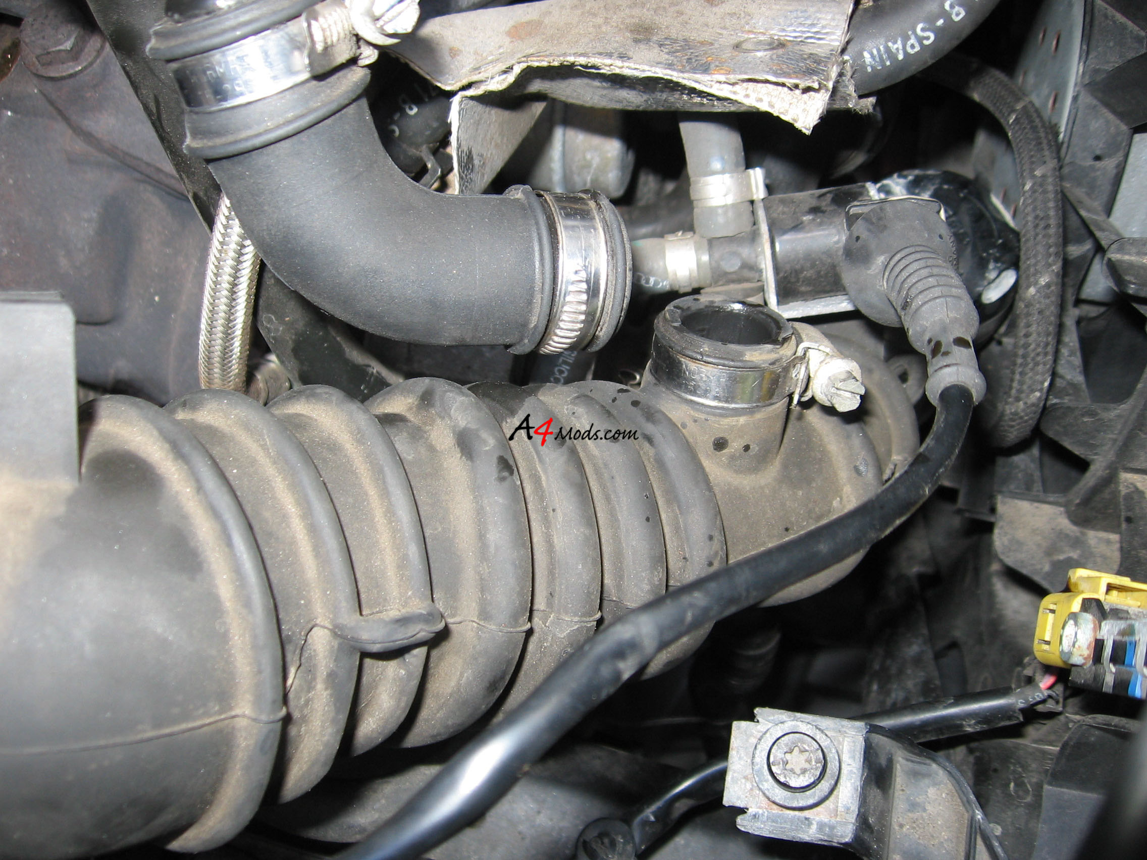 B6 Audi A4 - Big Turbo Upgrade Install APR Stage 3